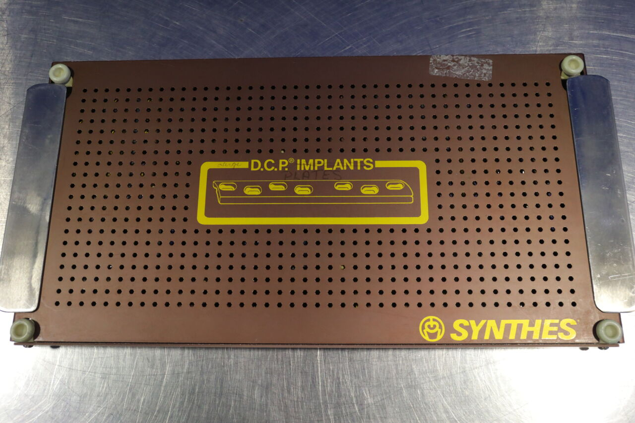 SYNTHES  DCP Implant Kit