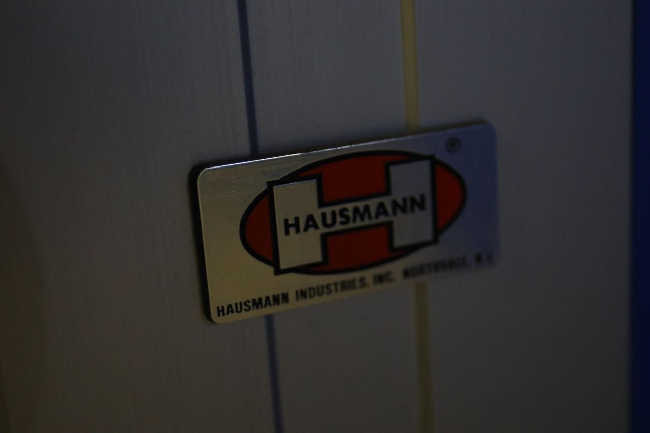 HAUSMANN INDUSTRIES Powermatic 4740/4750 Exam Table
