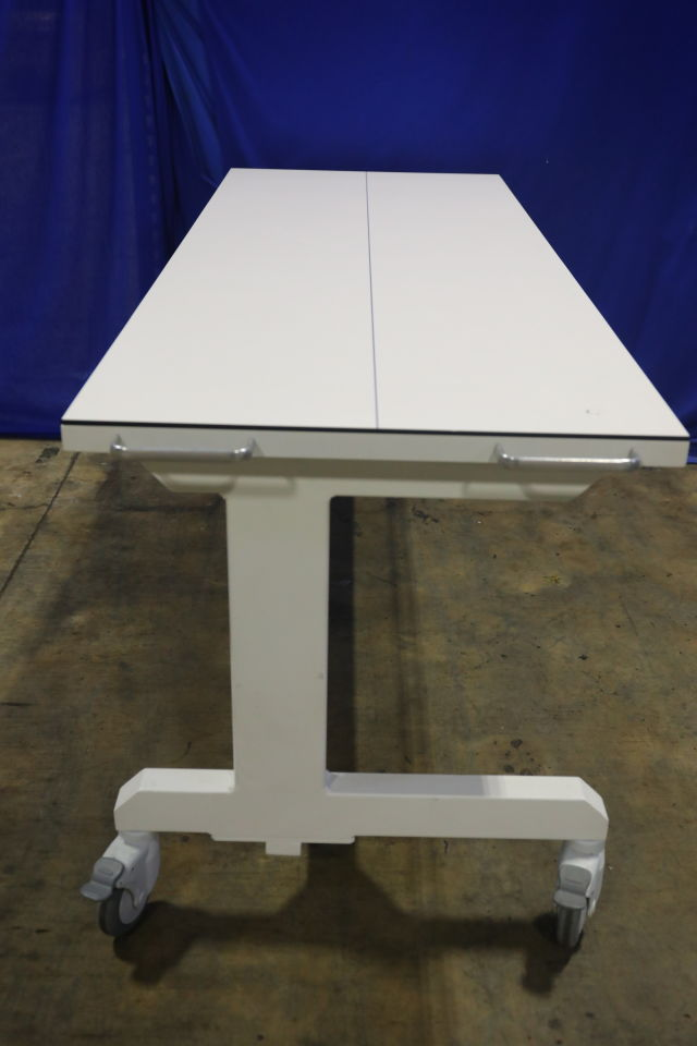 QUANTUM MEDICAL IMAGING QT-710 Exam Table