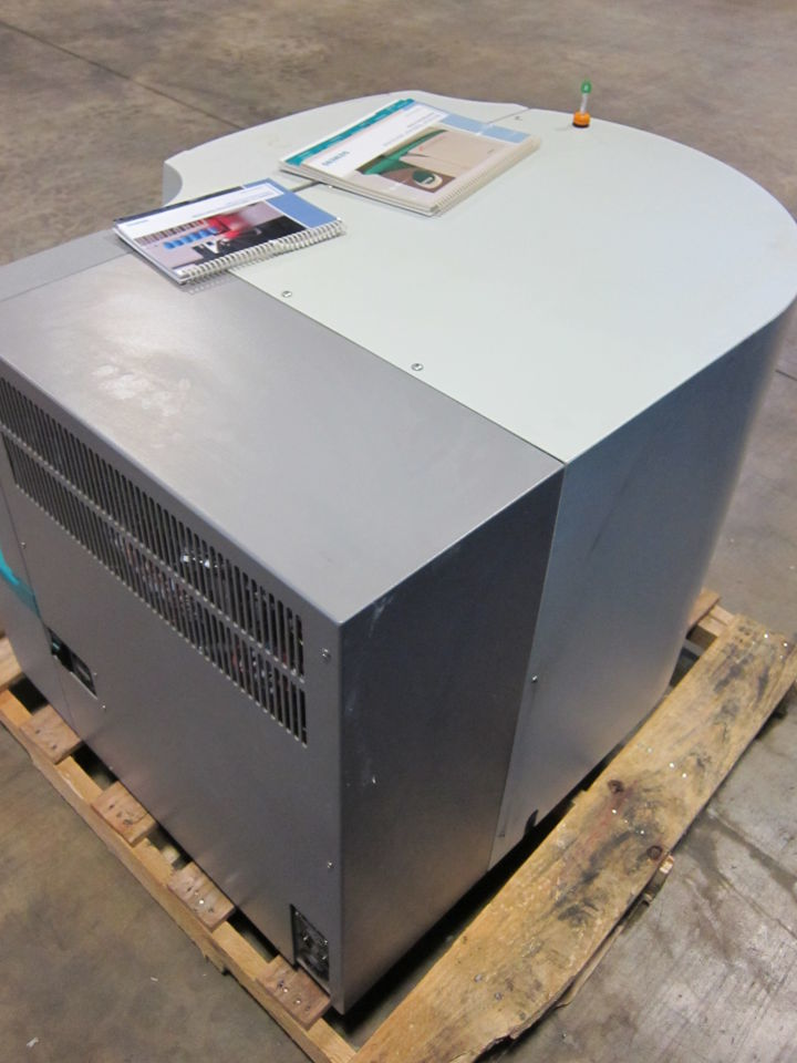 SIEMENS Microscan Walkaway 40 Plus Analyzer