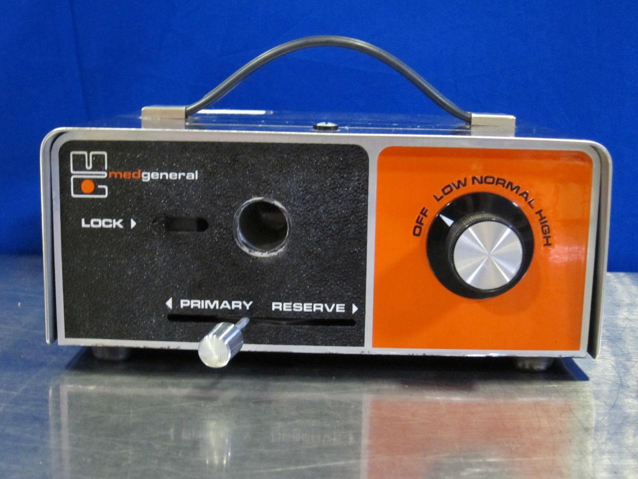 MEDGENERAL 3000 Light Source