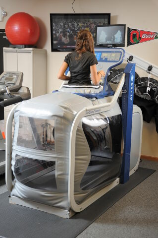 ALTER G M320 Physical Therapy Unit