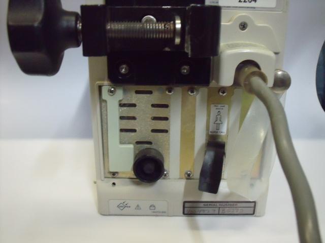 ALARIS 8000 SERIES IV Pump Patient BROKEN SCREEN SEE PICS Pump IV Infusion