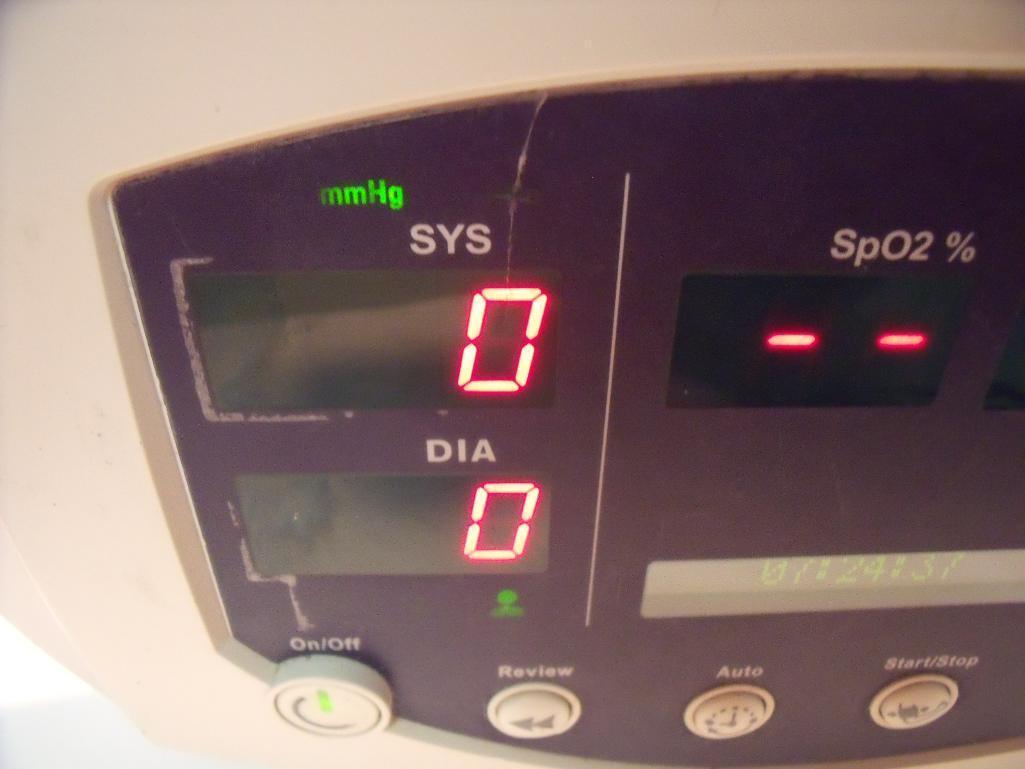 WELCH ALLYN 53N00 VITAL SIGNS Monitor