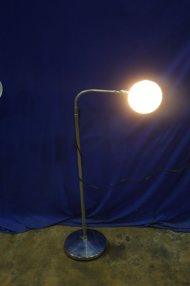 - Lot of 2 Exam Light