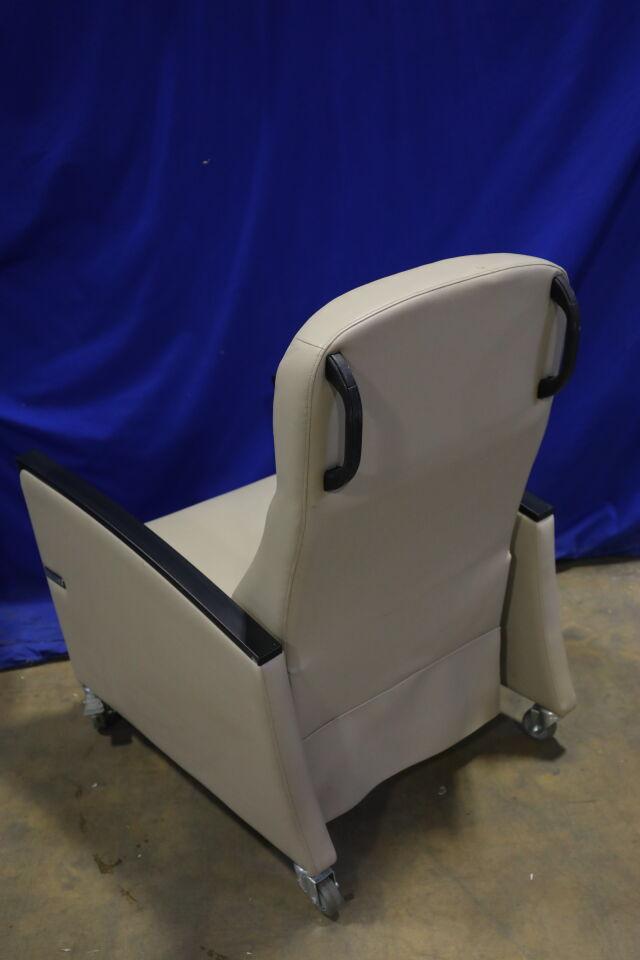 ULTRA-MEK INC  Exam Chair