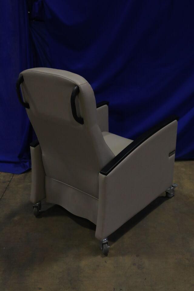 ULTRA-MEK  Exam Chair