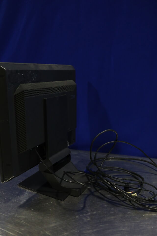 IBM 6734-ACD Display Monitor