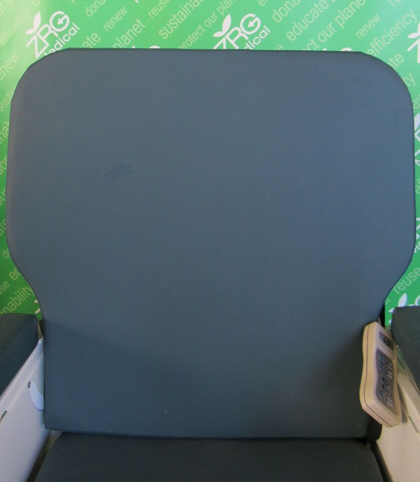 MEDICAL ELECTRONIC SYSTEMS 4106000-25 Shuttle A Series Sizewise Chair