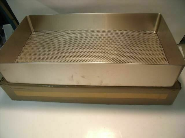 UNBRANDED 20 X 10.25 X 3.5 PERFORATED BOTTOM    Surgical Cases