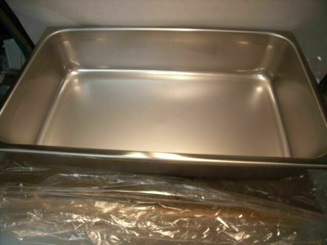 VOLLRATH 21 X 12.75 x 4 SOLID #55038    Surgical Cases