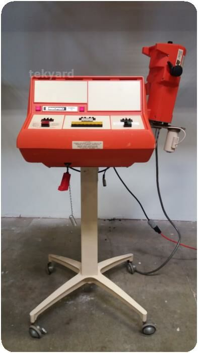 MEDRAD  MARK IV ANGIOGRAPHIC  SYSTEM ON ROLLING STAND Injector Angio