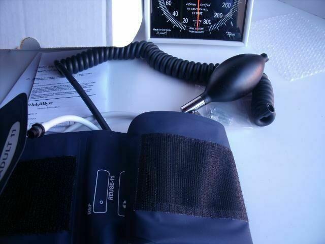 WELCH ALLYN 7670-001  WALL GAUGE W/ ADULT CUFF, HOSES, BULB Sphygmomanometer
