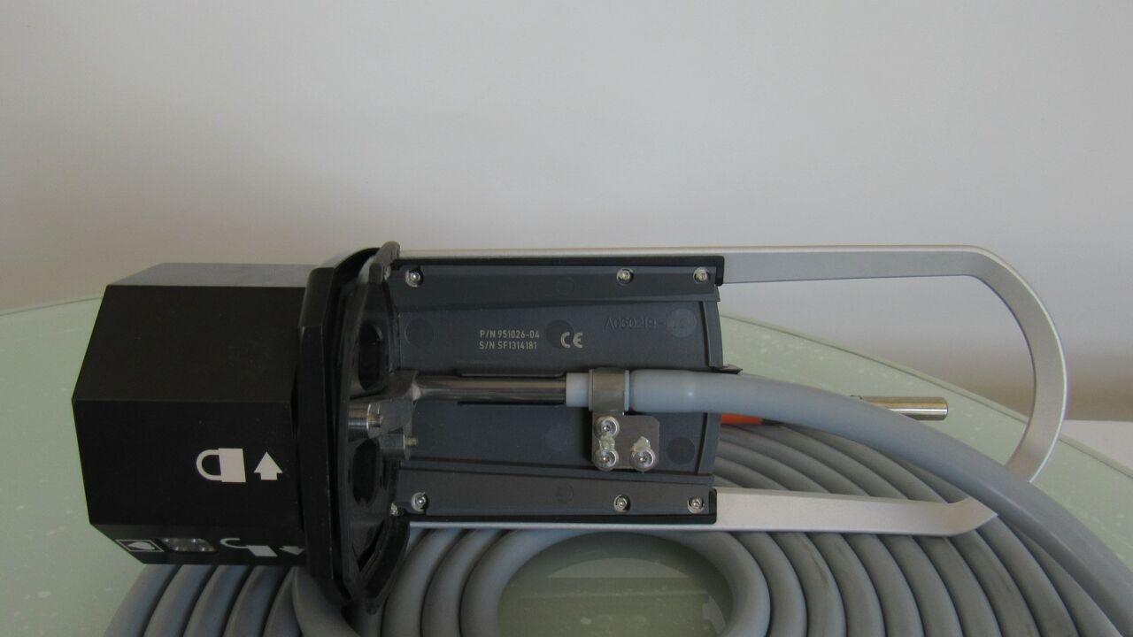 DA VINCI 851026-04  - Lot of 2  Light Cable Guides