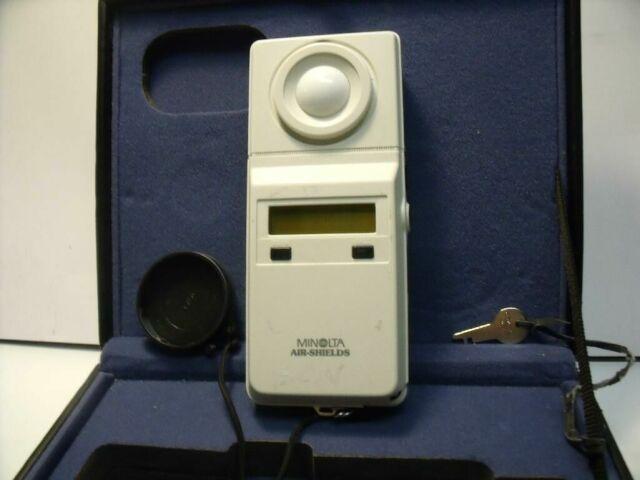 MINOLTA AIRSHIELDS 6.5 X 2.5 X 1.25     Phototherapy Unit