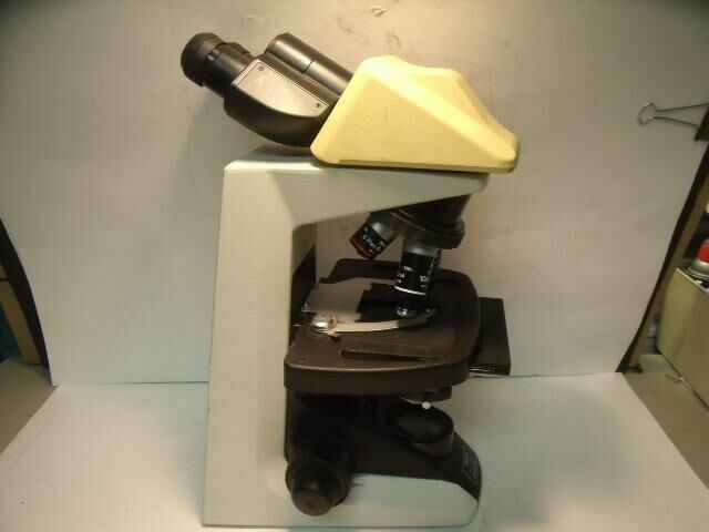NIKON ECLIPSE E200     Microscope