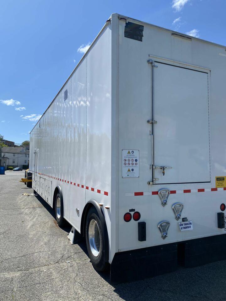 ADVANCED MOBILITY MRI Trailer 48 ft long Like New designed for Philips 1.5 T Ingenia Empty Trailer