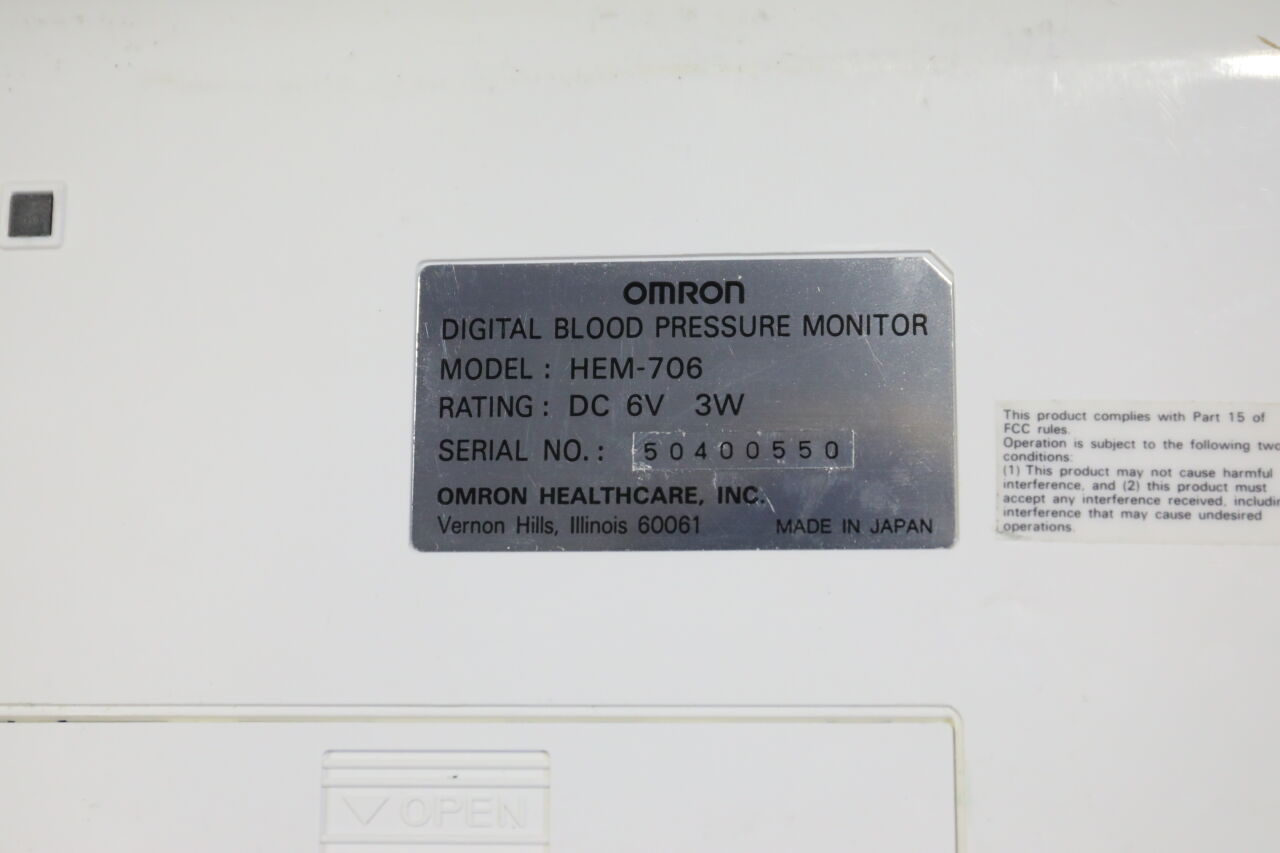 OMRON HEM-706 BP Monitor