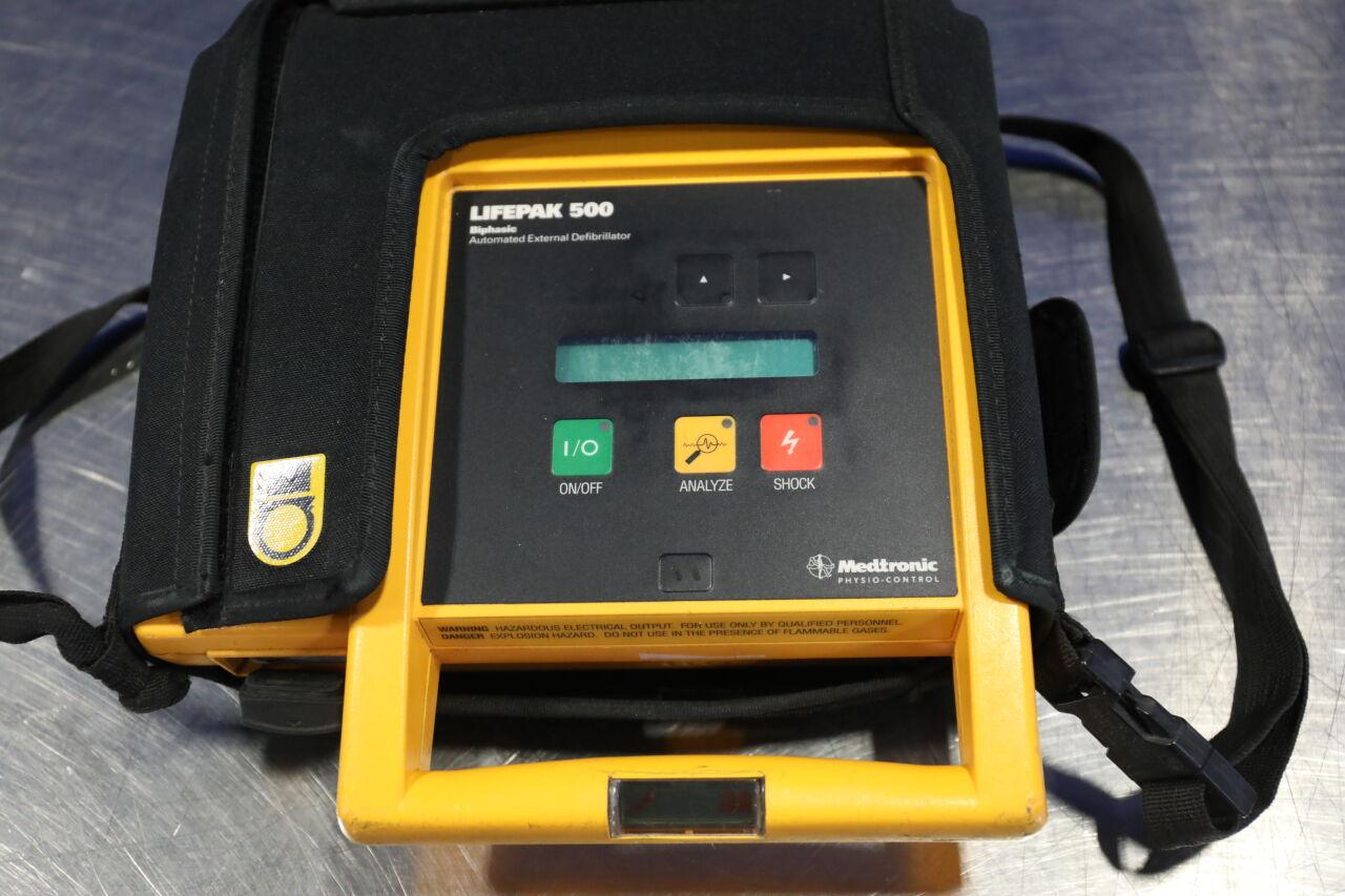 MEDTRONIC Lifepak 500 Defibrillator