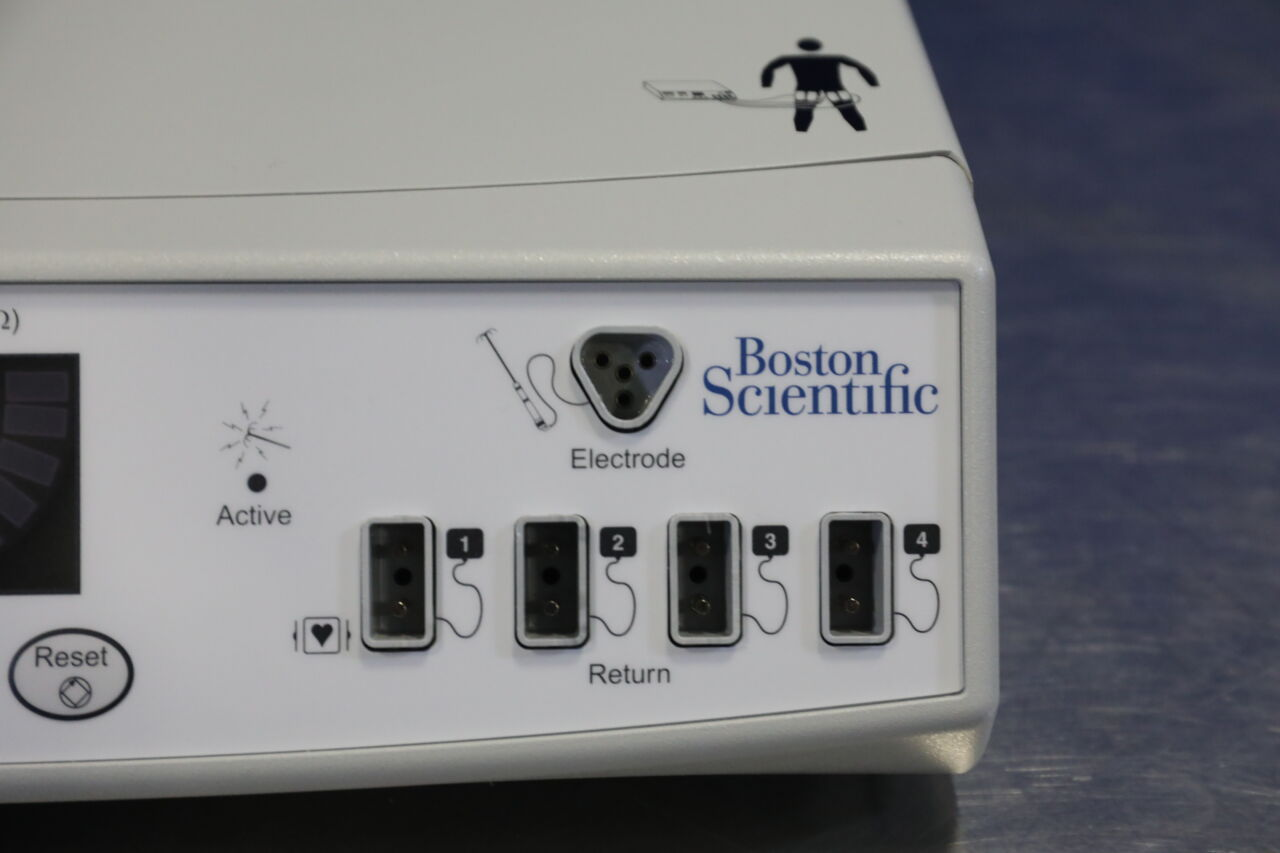 BOSTON SCIENTIFIC RF3000 Electrosurgical Unit