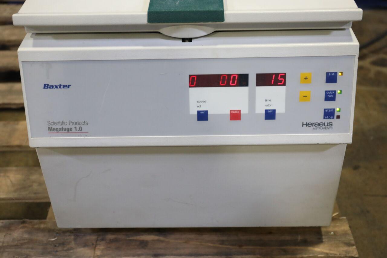 BAXTER / HERAEUS Megafuge 1.0 Centrifuge