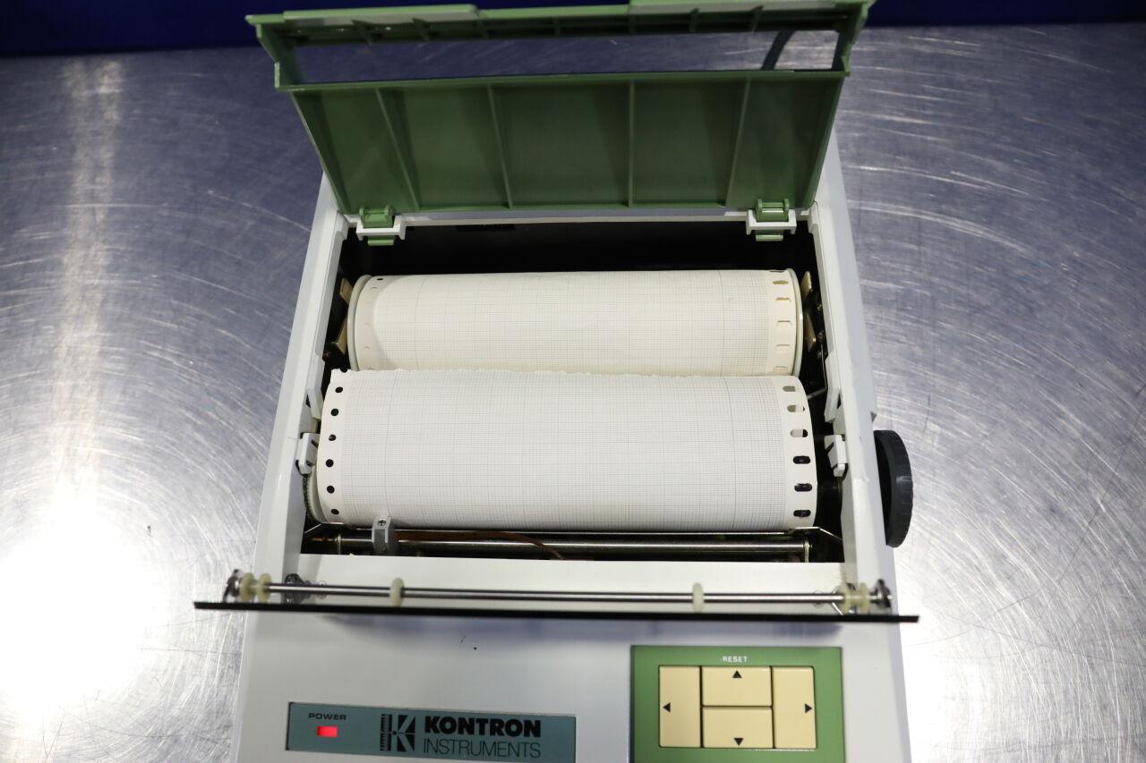 KONTRON INSTRUMENTS Plotter 800 Communication Device
