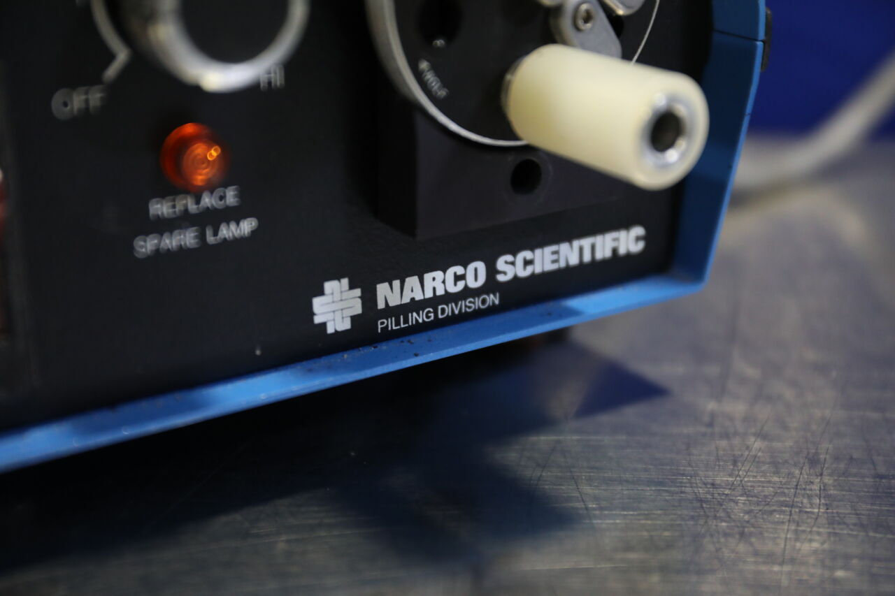 NARCO SCIENTIFIC 5281121 Light Source