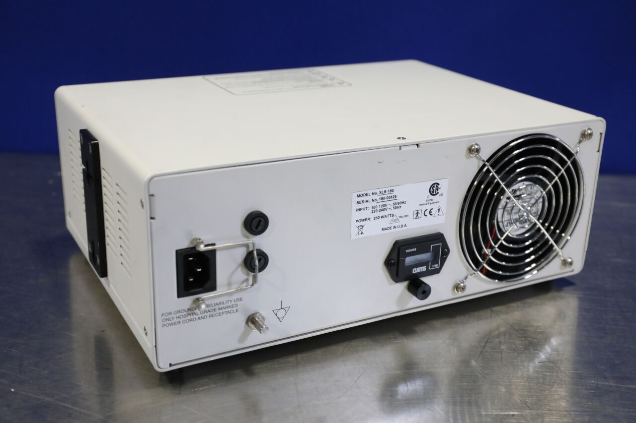 XLS-180 Light Source