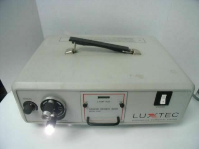 LUXTEC 9300     Light Source