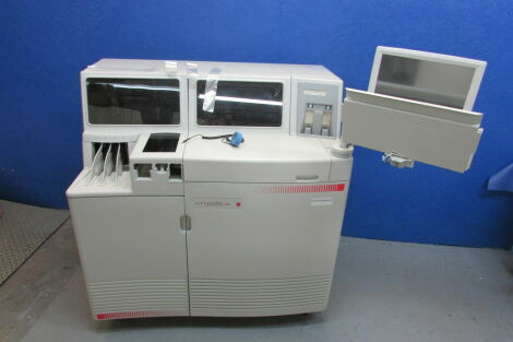 ORTHO-CLINICAL DIAGNOSTICS Vitros 350 Chemistry System Chemistry Analyzer
