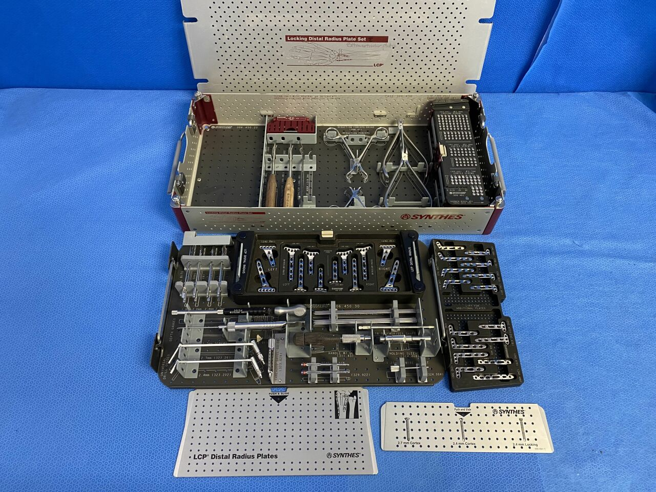 SNYTHES Locking Distal Radius Instrument & Plate Set