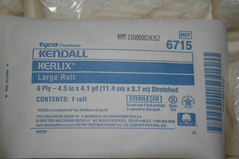 KENDALL Kerlix 6715 1 box of 100 Large Rolls 6 Ply 4.5 in X 4.1 yd Stretched