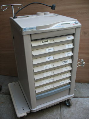 LIONVILLE 800 Pharmacy/Med Cart for sale