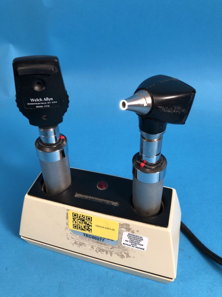 WELCH ALLYN 71110 Ophthalmoscope for sale