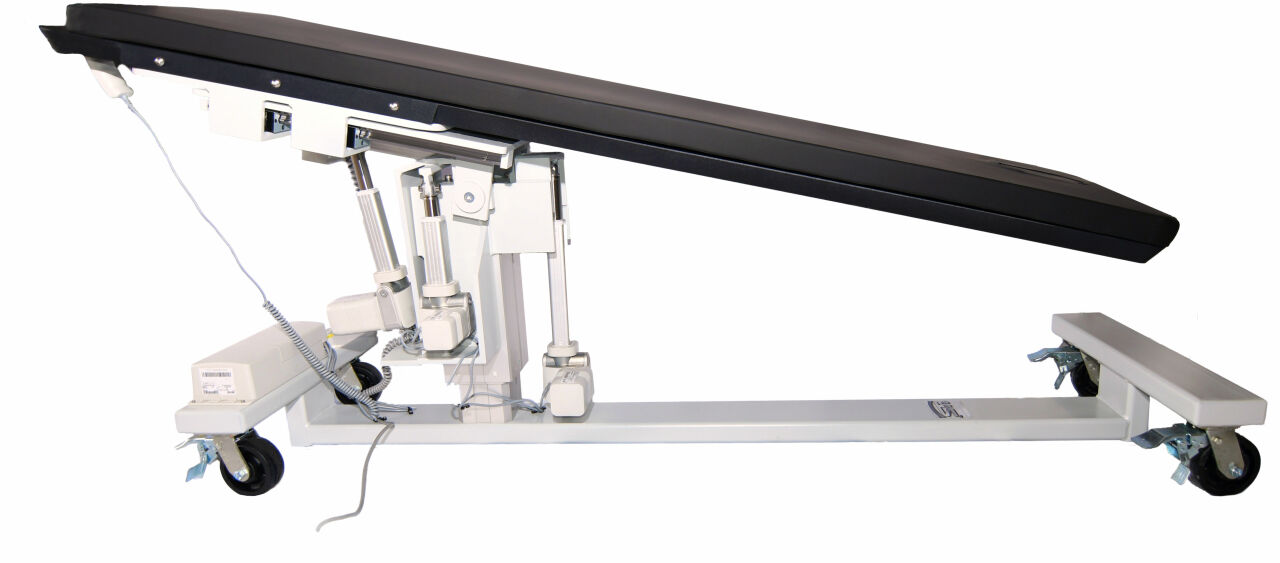 SURGICAL TABLES INC STREAMLINE 4 C-Arm Table for sale